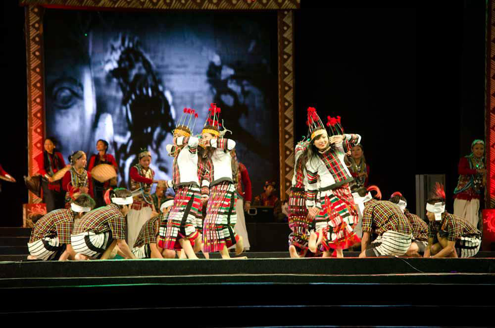 Northeast rules in national cultural carnival